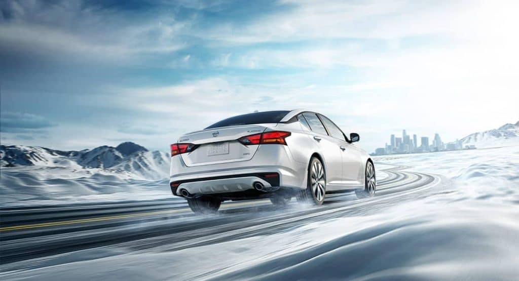2019 Nissan Altima Driving in Snow