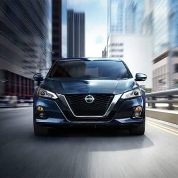 2019-Nissan-Altima-front-driving-view