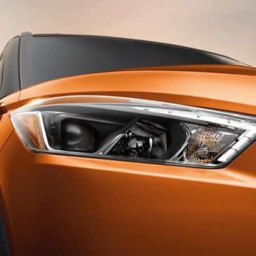 2019 Nissan Kicks LED headlights