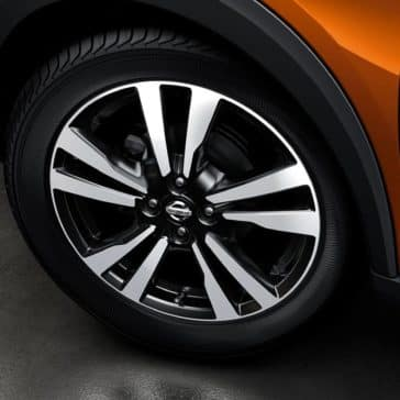 2019 Nissan Kicks wheels