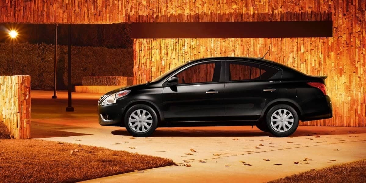 2019 Nissan Versa profile view