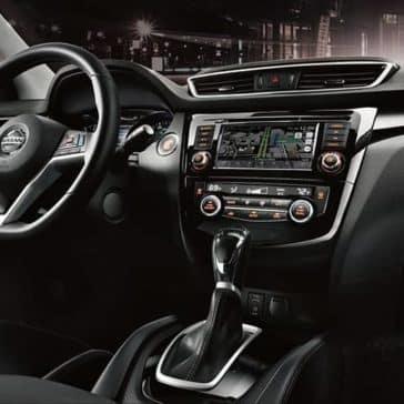 2019-Nissan-Rogue-Sport-dashboard