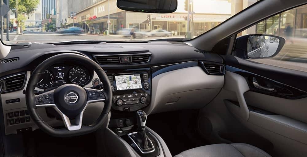 2019-Nissan-Rogue-Sport-steering-wheel