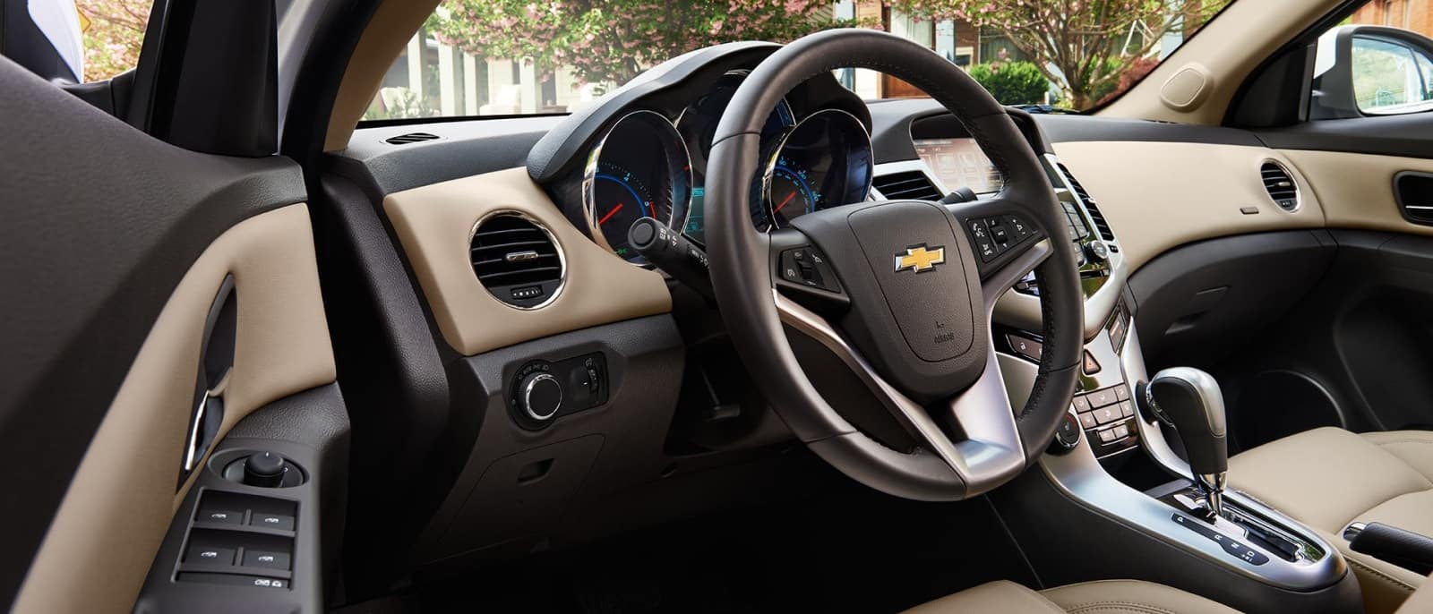 Chevrolet Cruze Infotainment System: Steering Wheel Controls