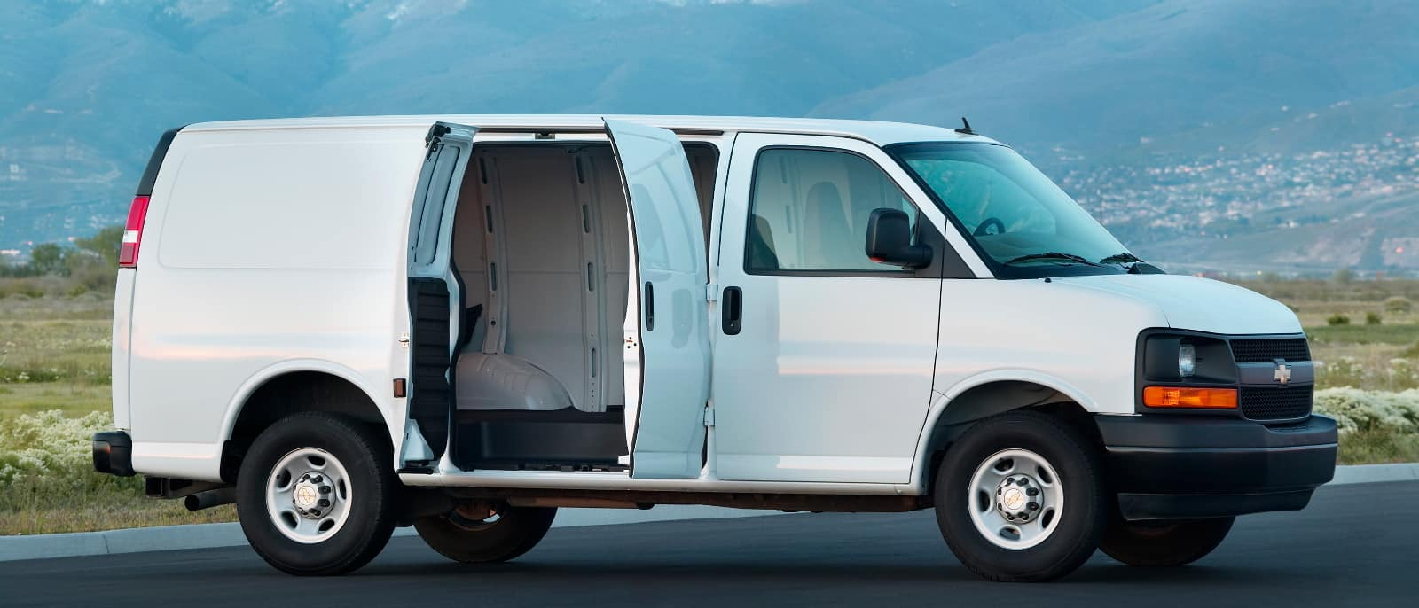Get the Job Done with the 2016 Chevrolet Express
