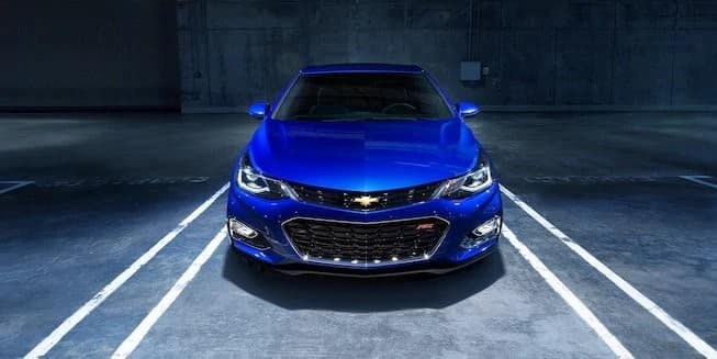 2018 Chevrolet Cruze blue exterior