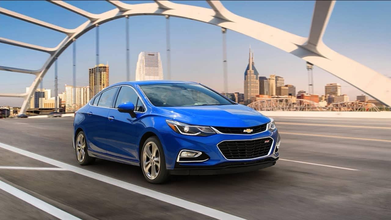 2018 Chevrolet Cruze exterior driving
