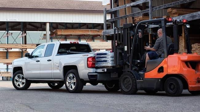 2018 Chevy Silverado 1500 trucks
