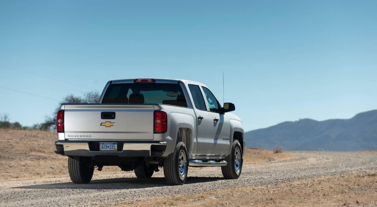 2018 Chevrolet Silverado 1500 rear view