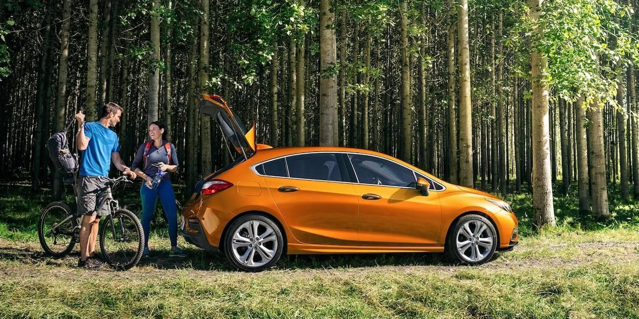 2018 chevrolet cruze hatchback in forest