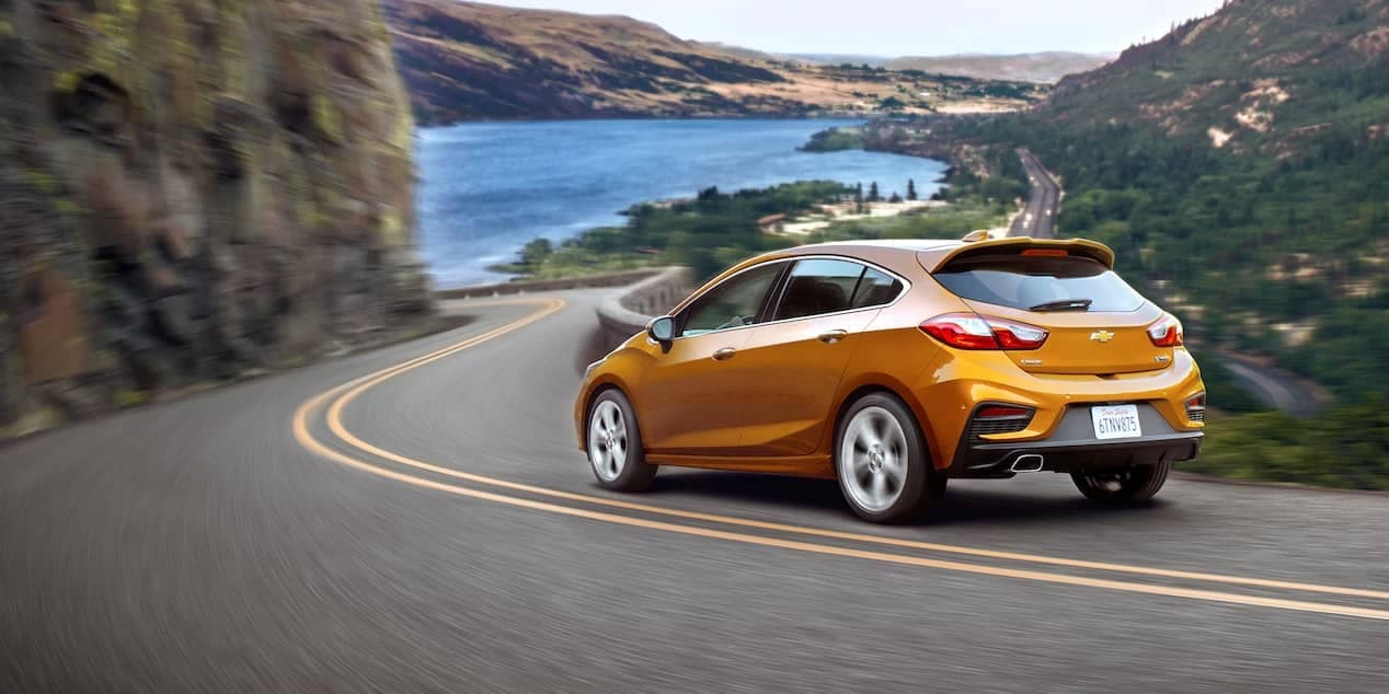2018 chevrolet cruze hatchback on winding road