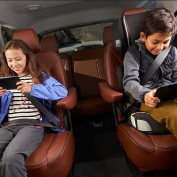 kids in rear of 2019 Chevrolet Traverse