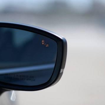 2017 Mazda CX-9 blind spot monitor