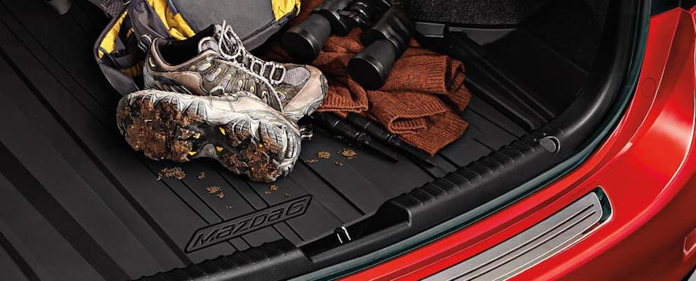 2017-Mazda6-trunk