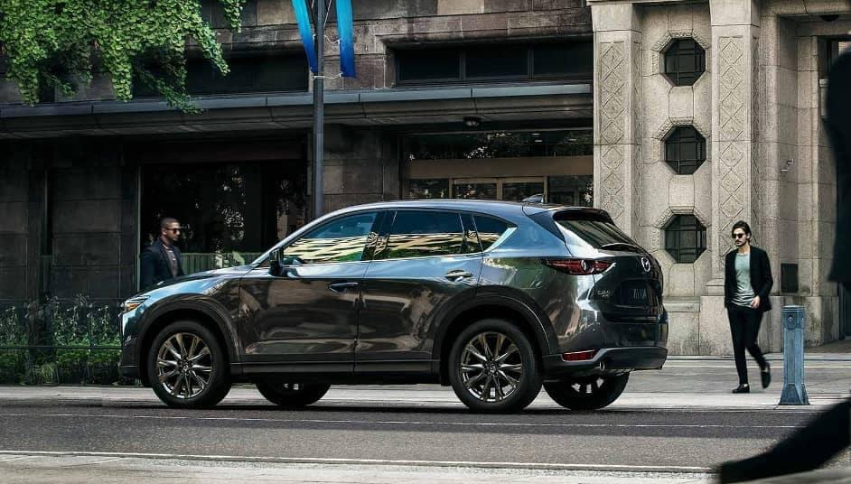 man looks at 2019 Mazda CX-9 Signature