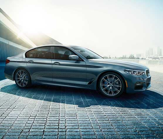 2018 BMW 5 Series passenger side