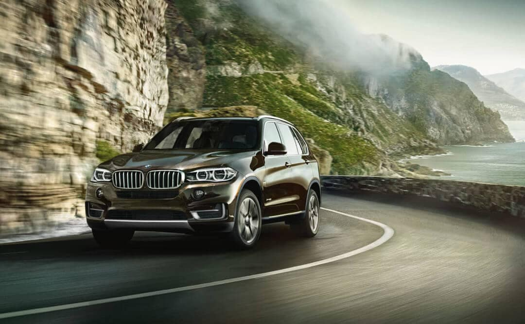 2018 BMW X5 mountain road