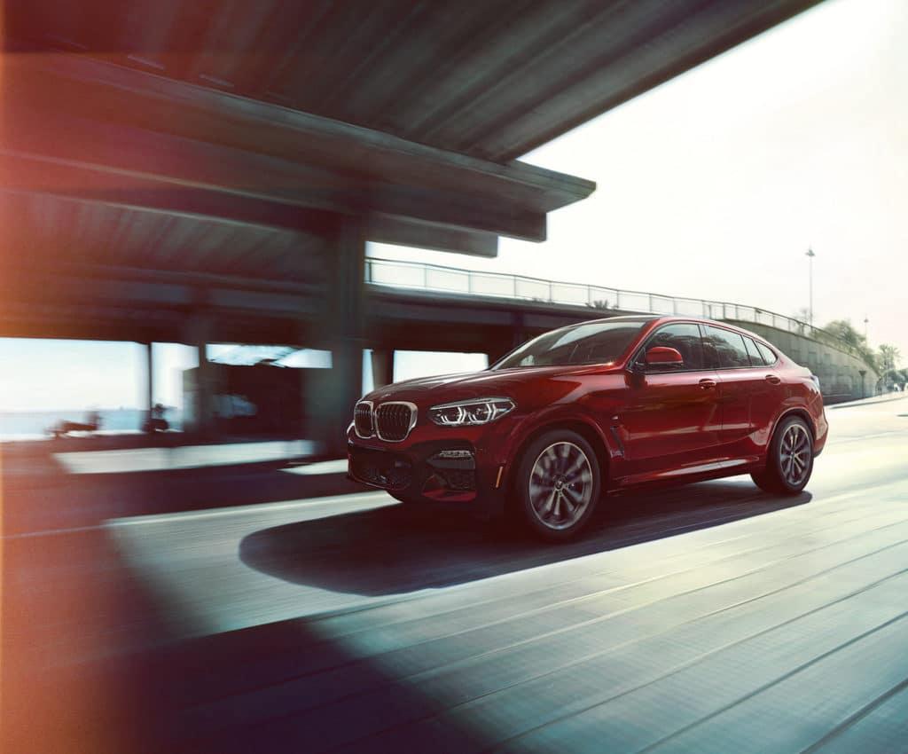 LEASE A NEW 2022 BMW X4 xDRIVE30i