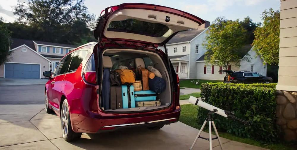 2019 Chrysler Pacifica loaded up with cargo