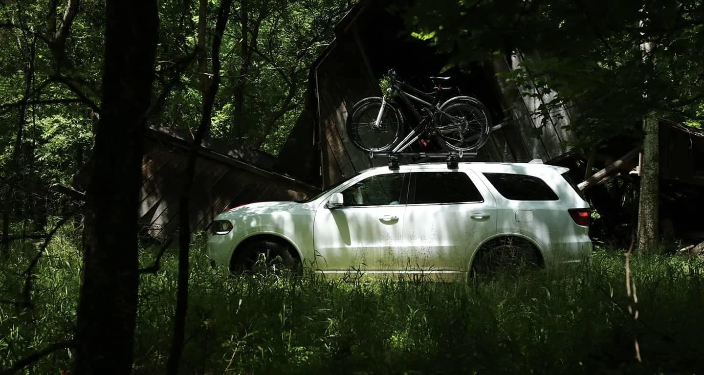 2019-dodge-durango-side-view-in-forest