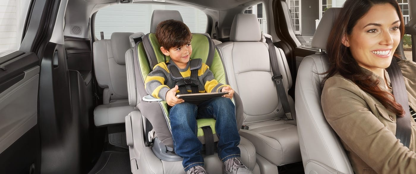 2018 Honda Odyssey 2nd Row Slide Seats