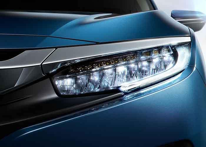2018 Honda Civic Sedan LED Headlights