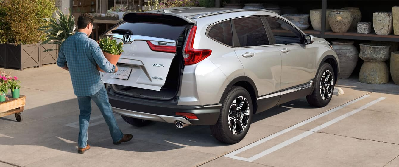 2018 Honda CR-V Exterior Rear Angle Liftgate