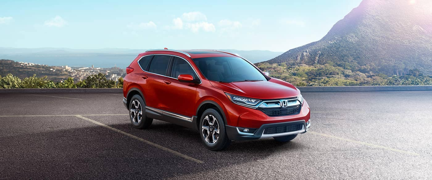 2018 Honda CR-V parked in front of mountain background