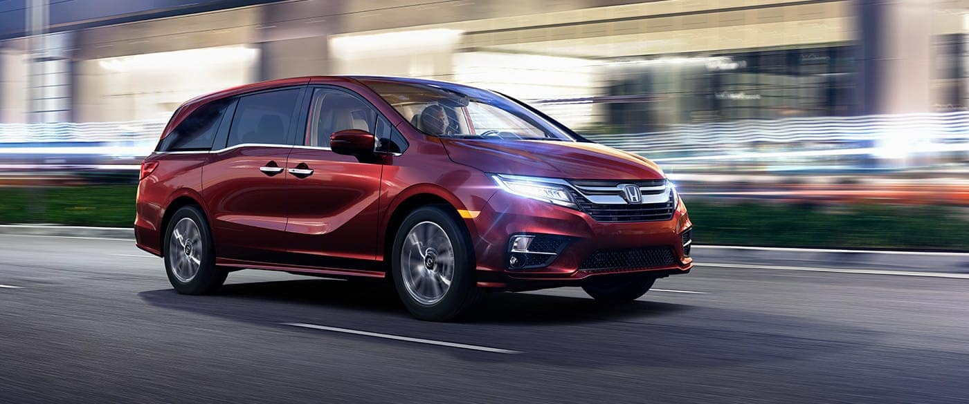 2019 Honda Odyssey driving with blurred street