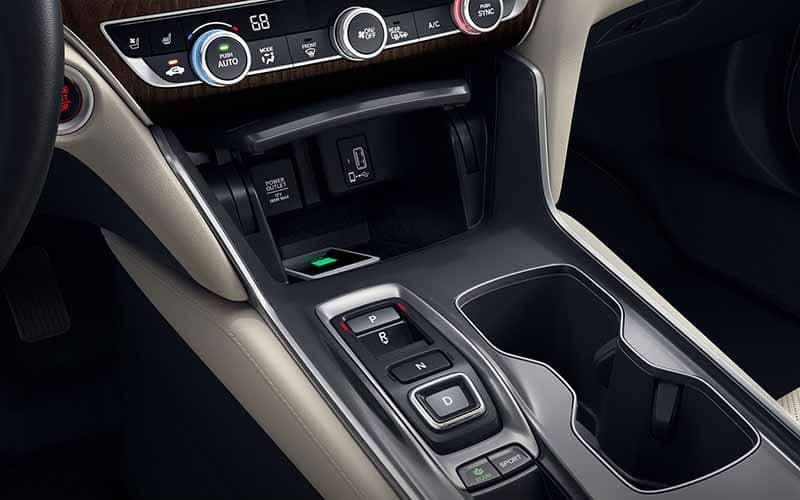 2018 Honda Accord Hybrid Wireless Phone Charging Station