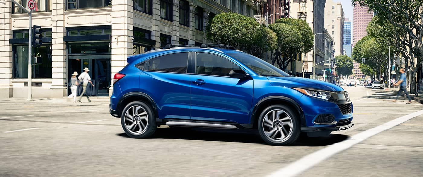 2019 Honda HR-V Driving Through the City