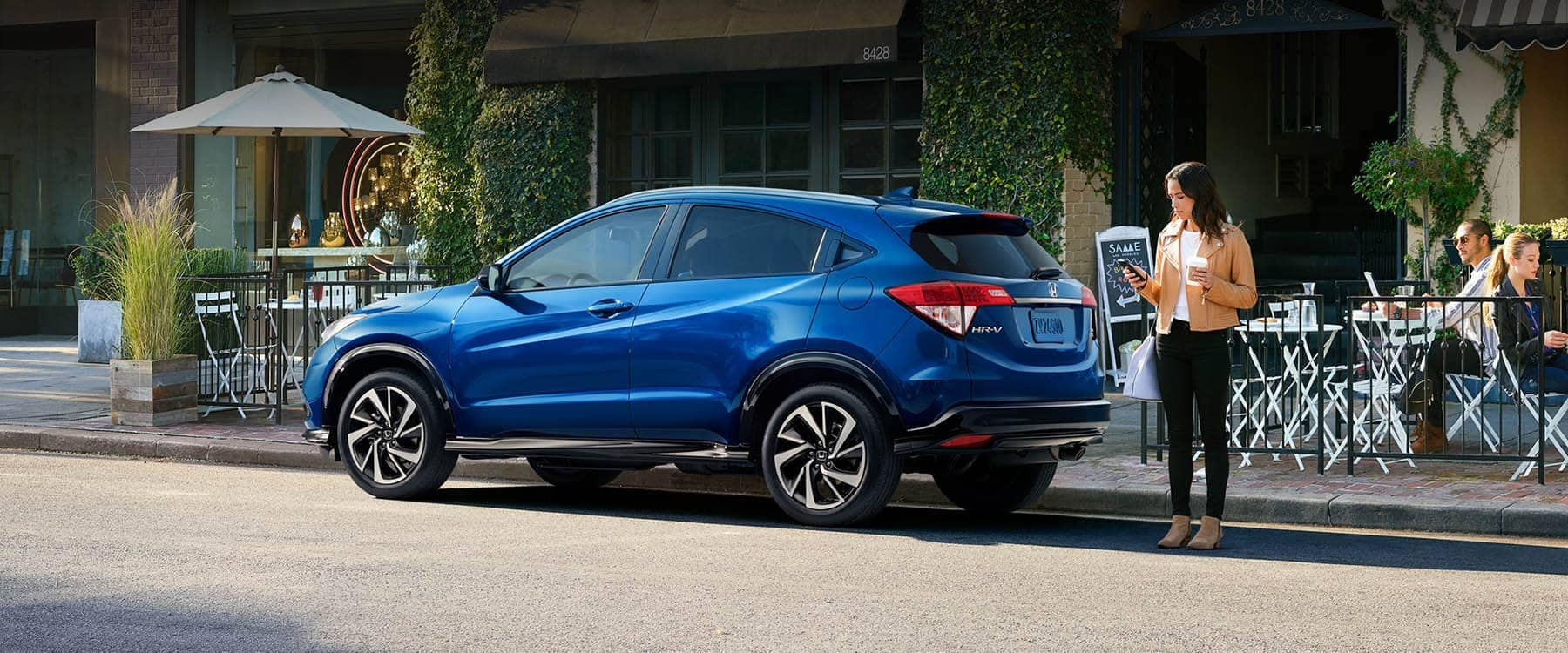 2019 Honda HR-V Parked Outside a Restaurant