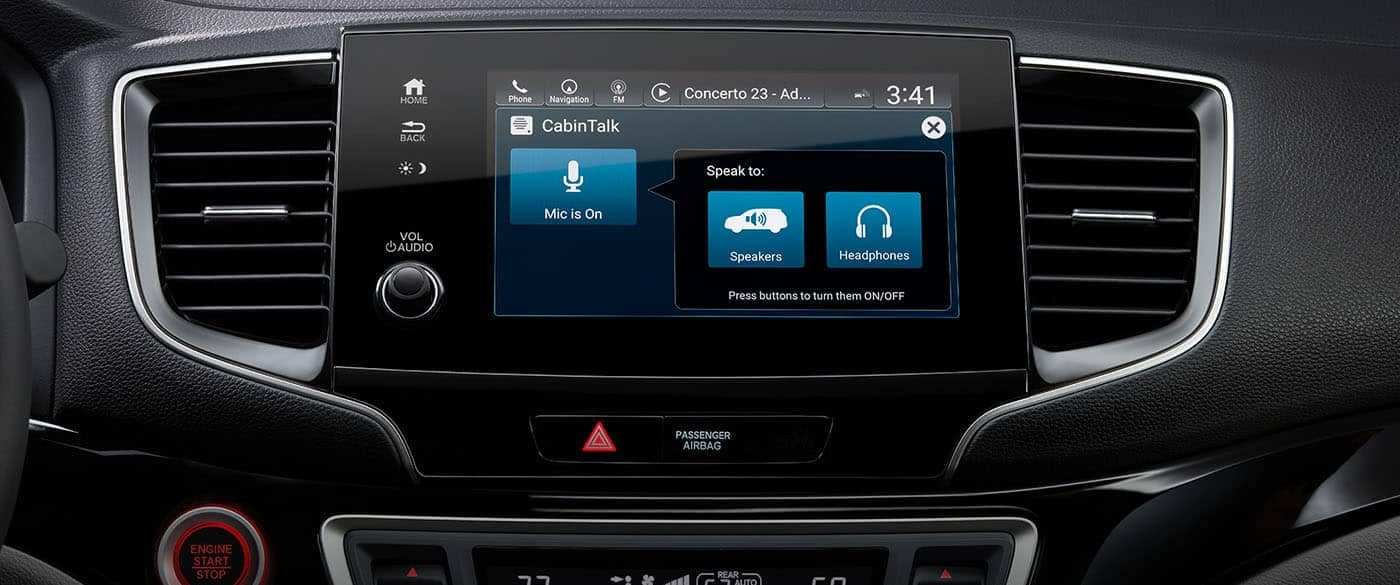 2019 Honda Pilot Cabin Talk on Display Screen