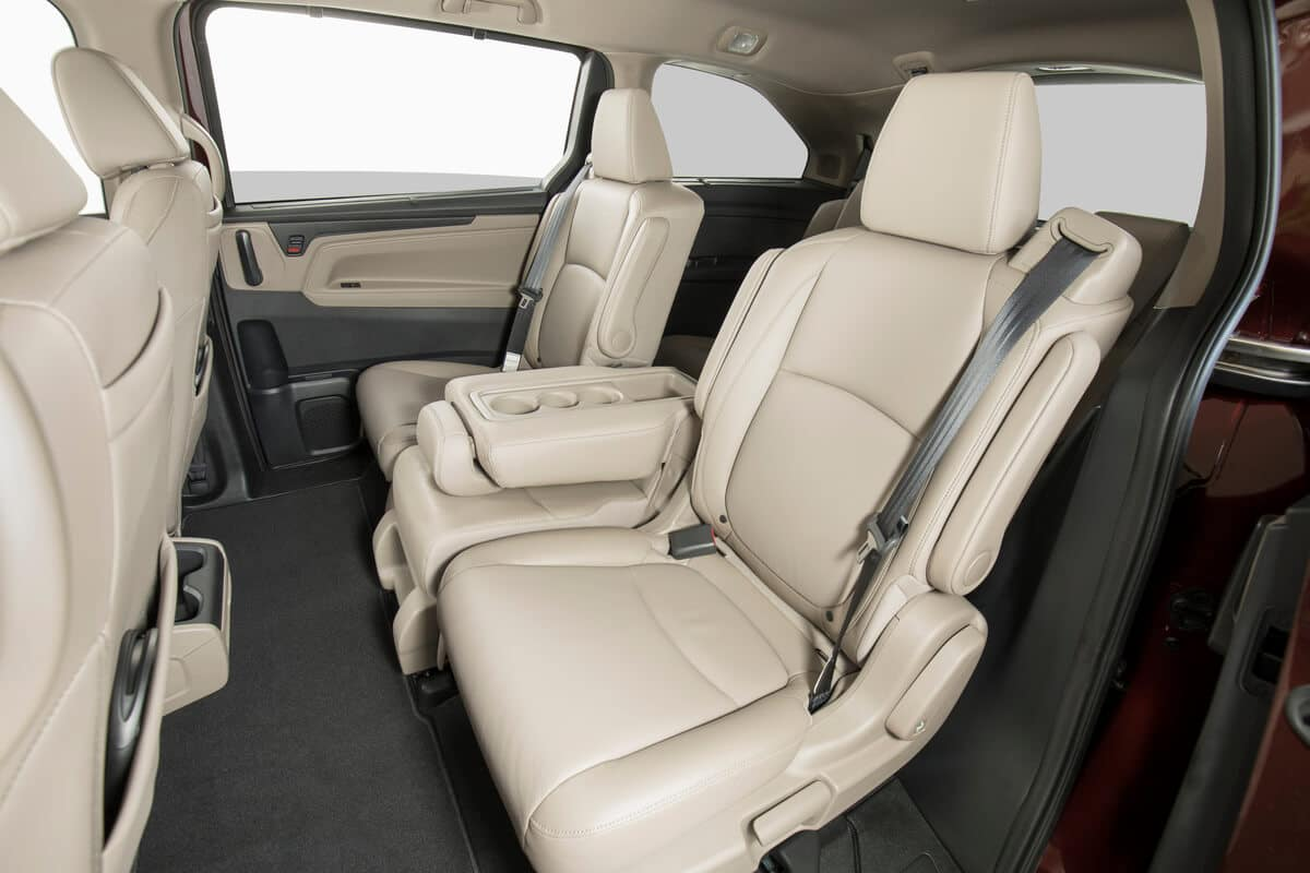 Honda Odyssey Dimensions >> 2020 Honda Odyssey Cargo Space Adapts Around Your Changing Needs