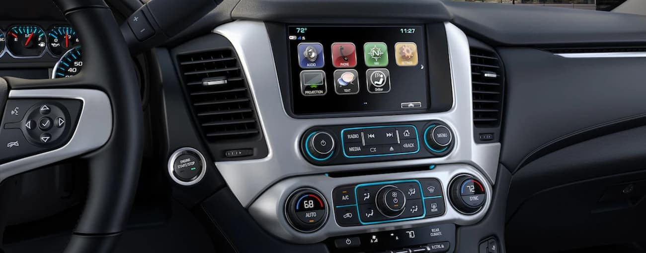 Closeup of 2019 GMC Yukon infotainment