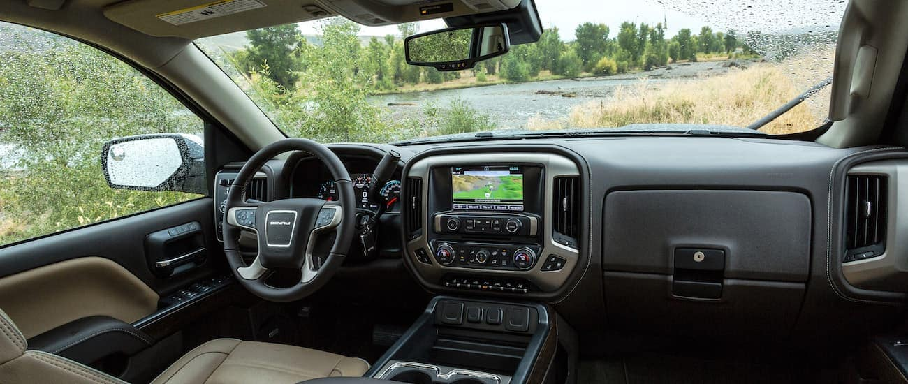 The winning interior of a Sierra after winning 2019 GMC Sierra 2500 HD vs 2019 Nissan Titan XD