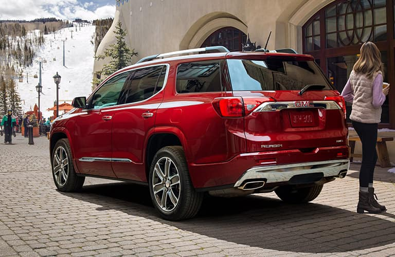 2019 GMC Acadia exterior back fascia and driver side