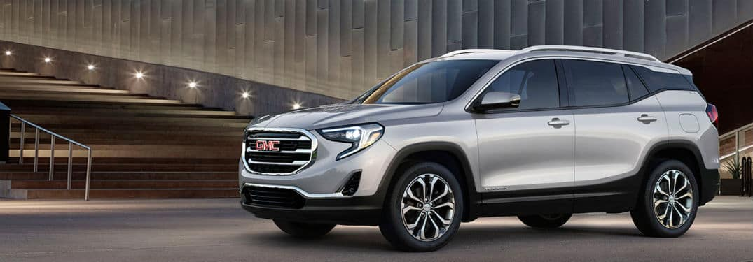 2020 GMC Terrain exterior front fascia and driver side in front of steps
