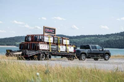 2020 GMC Sierra HD Denali exterior passenger side towing tailgates of other makes