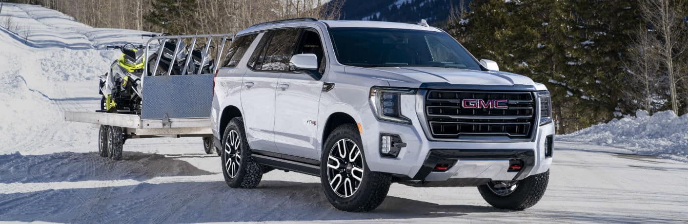 2021 GMC Yukon AT4 Exterior Passenger Side Front Profile Towing