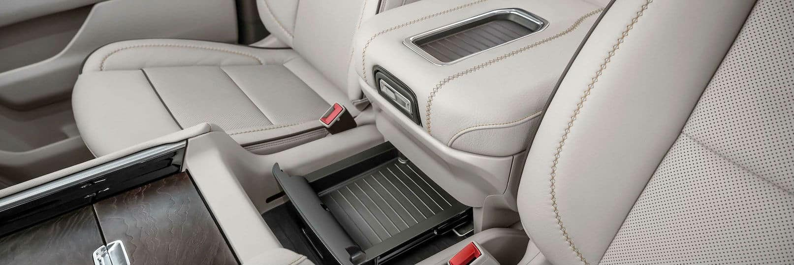 2021 GMC Yukon Denali Interior Cabin Front Seating Center Console