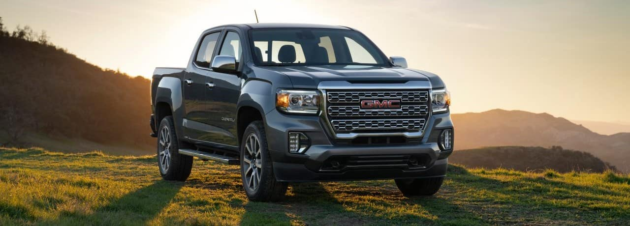 2022 GMC Canyon Exterior Passenger Side Front Angle