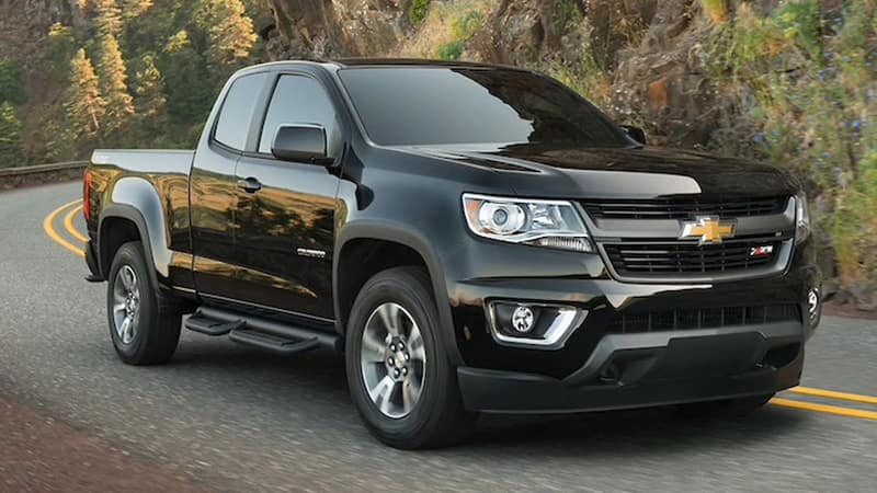 2020 Chevy Colorado Black Z71 Driving
