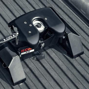 2020 GMC Sierra 3500HD Goose Hitch