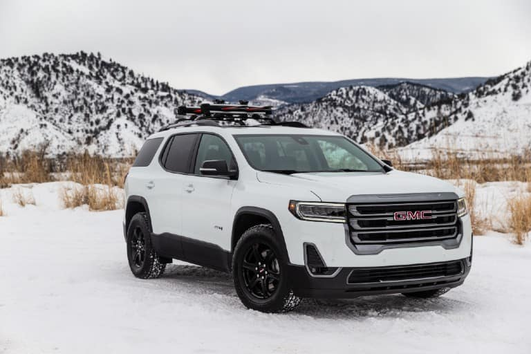 2020 GMC Acadia AT4 in the snow