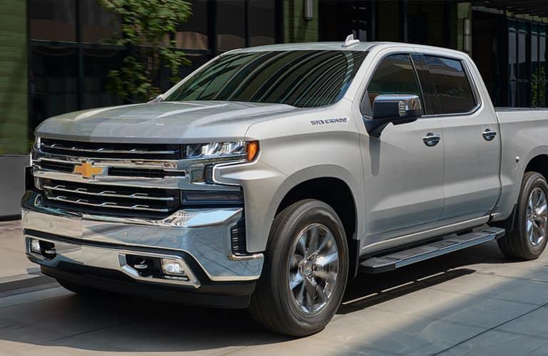 2020 Chevrolet Silverado front end