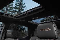 2021 Chevrolet Traverse sunroof