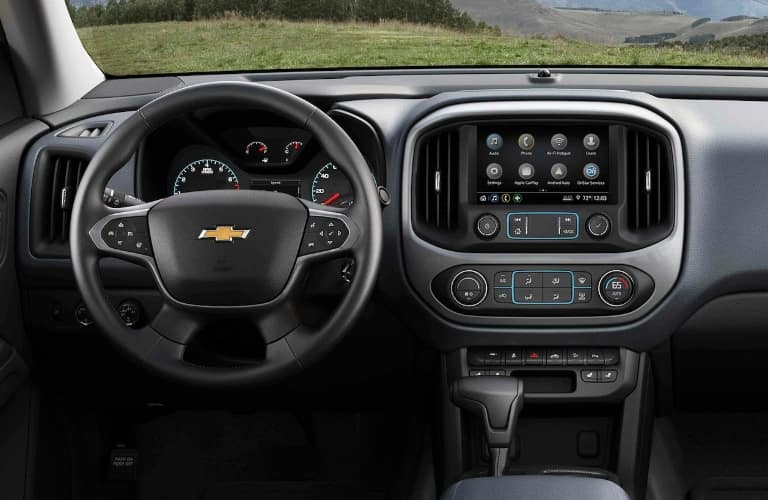 2021 Chevrolet Colorado steering wheel and center console