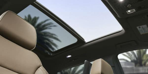 Sunroof in 2021 Chevrolet Suburban
