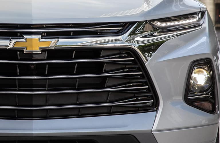 Close-up on the front grille and logo on a 2020 Chevy Blazer